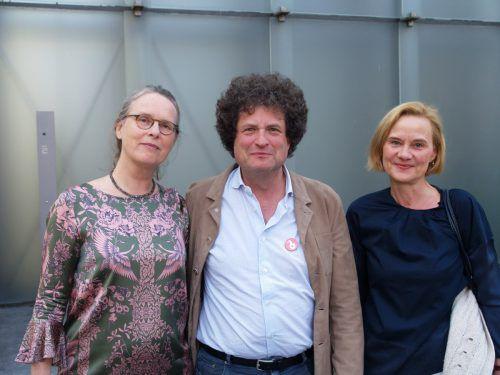 Eröffnungsgäste: Hanno Loewy mit Astrid sowie Katrin Wiethege.