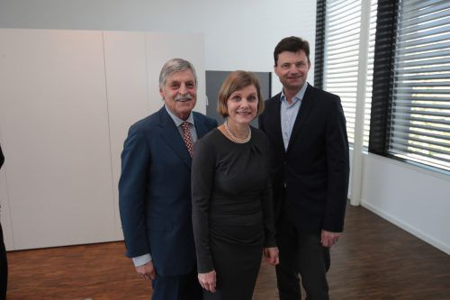 Erwin Scharnagl (l.) sowie Landesrätin Barbara Schöbi-Fink und Rupert Koller.