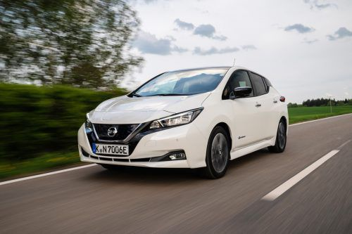 Fesch und technisch erwachsen: Die VN haben bereits erste Runden mit den neuen Nissan Leaf gedreht. werk