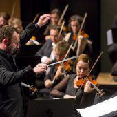 Symphonieorchester Vorarlberg trumpft mit Petrenko und Fidelio auf. D7