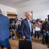 Pikante Details beim Prozess von Ex-ÖSV-Trainer Karl Kahr gegen Ex-Rennläuferin. C1