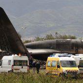 Rätselraten um Flugzeugabsturz mit mindestens 257 Toten in Algerien. D6