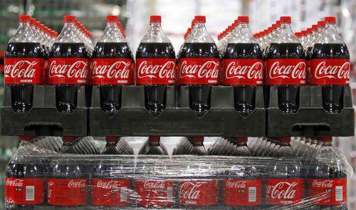 Foodwatch hat Coca-Cola für die Vermarktung zuckerhaltiger Getränke heftig kritisiert.