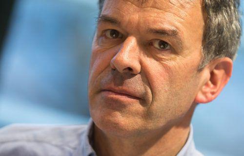 Georg Willi zieht für die Grünen als Spitzenkandidat in die Innsbrucker Wahl. APA