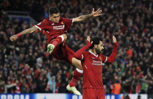 Im Doppelpack: Roberto Firmino (links) und Mohamed Salah erzielten je zwei Treffer bei der Liverpool-Gala über die AS Roma.ap