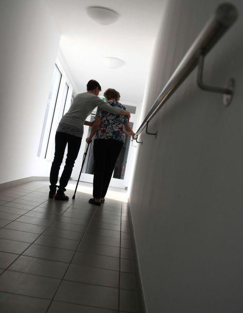 Die Volkspartei pocht auf eine Pflegeversicherung als fünfte Säule. APA