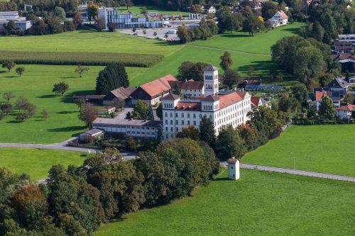 Salvatorkolleg Das Areal soll von der Gemeinde und ZM3 weiterentwickelt werden.