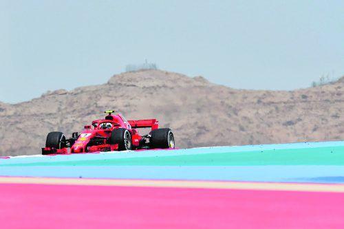 Kimi Räikkönen (Bild) war am ersten Trainingstag in der Wüste von Bahrain der schnellste Mann. Die Vormittagssession entschied Daniel Ricciardo für sich. apa