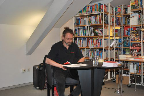 Konrad Steurer verlas seine Gedanken für ein besseres Zusammenleben.