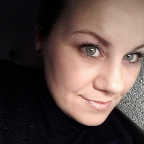 Nicole DePaoli, Dipl. Heilmasseurin & Mentaltrainerin.