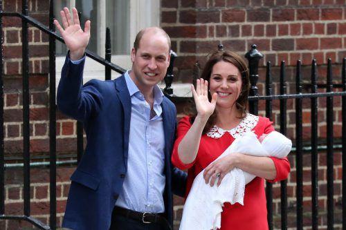 Noch am Tag der Geburt präsentierten Prinz William und seine Ehefrau Kate ihren jüngsten Nachwuchs der Öffentlichkeit. AFP