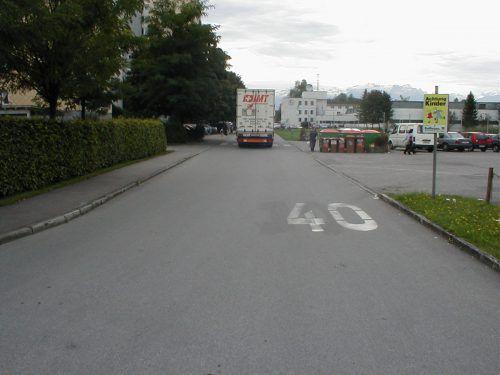 Oberer Paspelsweg in Rankweiler Ortsteil Brederis soll bis Herbst durch bauliche Maßnahmen vom Verkehr entlastet werden. Gemeinde
