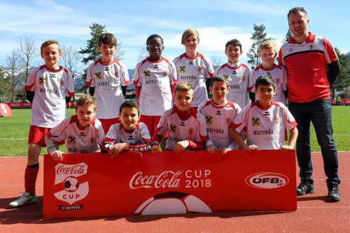 Robert Brzaj und seine Rothosen belegten am Ende Platz 5 beim Landesfinale im Coca Cola Cup. Veranstalter