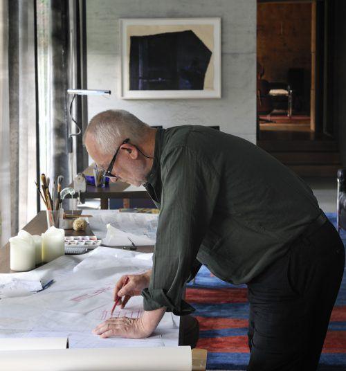Stararchitekt Peter Zumthor in seinem Atelier in Haldenstein bei Chur. Er schuf in Vorarlberg das Kunsthaus Bregenz und das Werkraumhaus in Andelsbuch. KUB/Rudolf Sagmeister