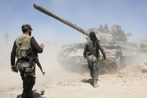 Syrische Regimetruppen nähern sich der Stadt Duma. AFP