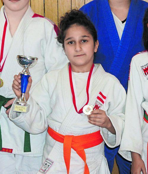 Tatevik Minasyan wurde Landesmeisterin in drei Altersklassen. Verein