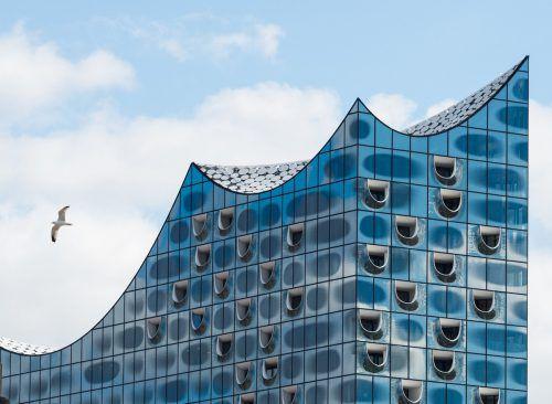 Über den Konzertsälen der Elbphilharmonie in Hamburg findet sich Deutschlands exklusivstes Penthouse. DPA