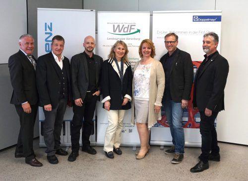 V. l.: Michael Walser Th. Flauger, Hendrik Schütte, Brigitte Birnleitner (Doppelmayr), Martina Draxl (WdF), Dietmar Moosbrugger (Doppelmayr), Michael Defranceschi (WdF). Weger