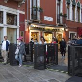 Drehkreuze sollen Venedig-Touristen bremsen