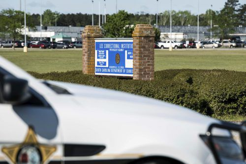 Verschiedene Gruppen sollen innerhalb des Gefängnisses gekämpft haben. AP