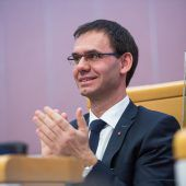 FH-Konferenz und Wallner erleichtert über Budget
