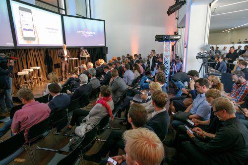 Zur Präsentation im Designforum in Dornbirn kamen zahlreiche Start-up-Unternehmer und politische Vertreter. VLK
