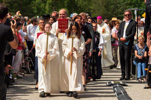 Allein zum Festgottesdienst fanden sich 5000 Besucher ein. vn/stiplovsek