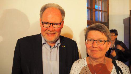 Alterbürgermeister Werner Huber mit Martina Türtscher.