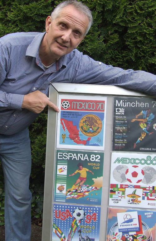 Kurt Prenner-Platzgummer besitzt die größte Panini-Sticker-Album-Sammlung Österreichs.