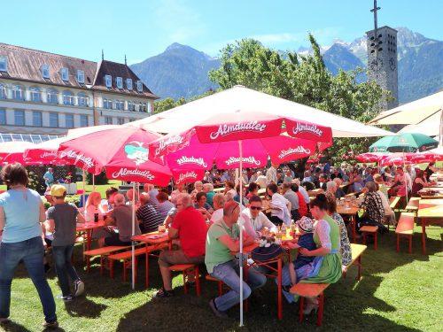 Auch in diesem Jahr findet am ersten Sonntag im Juni im Franziskanerkloster das bei der Bevölkerung sehr beliebte Klosterfest statt.franziskanerkloster bludenz