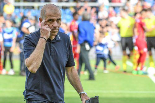 Auch Trainer Klaus Schmidt wünscht sich Klarheit bezüglich seiner Zukunft.gepa