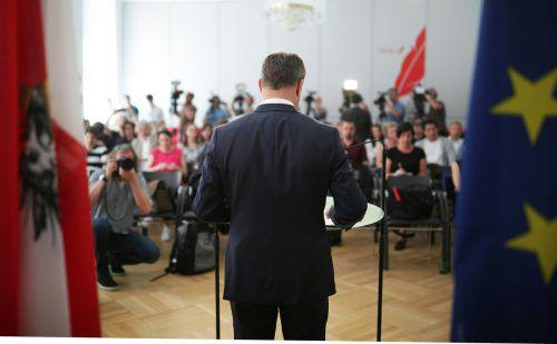 Auf dem Höhepunkt seiner politischen Karriere gab Matthias Strolz am Montag seinen Rückzug bekannt. Was der Vorarlberger in Zukunft machen wird, lässt er offen. APA