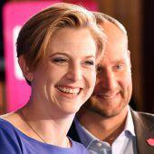 Neue Oppositionsführerin in Pink