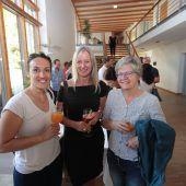 """<p class=""""caption"""">Bernadette Pajnik (l.) sowie Ulrike Lichtinger und Marlis Schedler.</p>"""