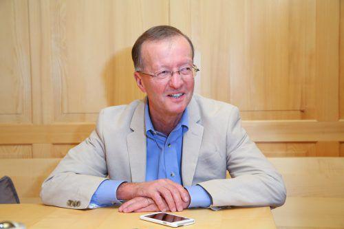 Bischofberger, geboren in Mellau, wechselte 1990 zu Gilead Sciences. 2014 wurde Bischofberger zum Auslandsösterreicher des Jahres gewählt. VN/HB
