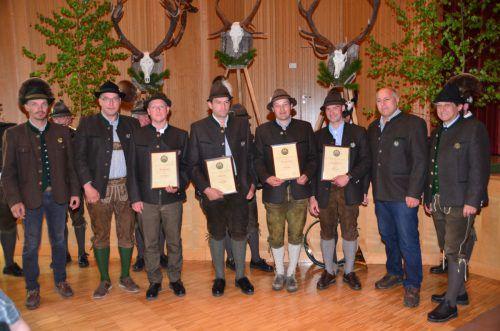 Christoph Neher, Mario Bär, Manuel Nardin und Peter Tabernig erhielten den Berufstitel Revierjäger verliehen.