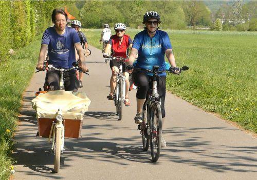 Das Weltladen-Team auf der Fahrt von Dornbirn nach Bludenz.