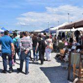 Traumwetter sorgt für Ansturm auf den Flohmarkt der Altacher Kicker