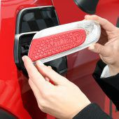 """<p class=""""caption"""">Der eigene Name am Auto: Mini bietet zahlreiche Individualisierungsmöglichkeiten.</p>"""
