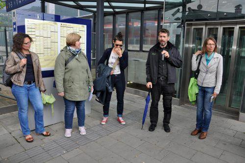 Der Leiter der Kaplan Bonetti Wohnprojekte, Bohuslav Bereta, sprach über den prominenten Standort direkt am Bahnhof. lcf