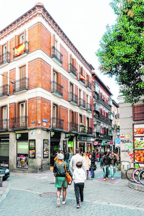 Der Stadtteil Masalaña hat sich zu einem Trendspot entwickelt. Hier findet man altes Handwerk und ausgefallene Mode. Shutterstock (5)