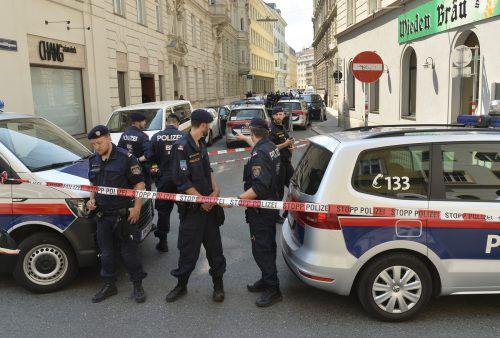 Der Tatort wurde nach der Tat von der Polizei abgeriegelt. apa