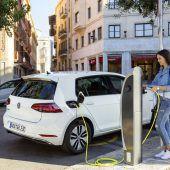 Autonews der WocheDeutschland bei E-Autos führend / Jaguar F-Pace mit mächtig Power / Kia Niro mit Elektroantrieb