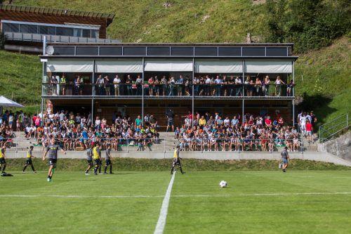 Die Fans im Bergstadion in Bizau dürfen sich auf Vorarlbergligaspiele freuen.steurer
