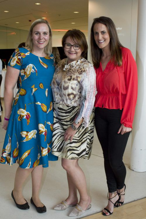 Die Show Factory Ladys Miriam Knitel, Gabi Narat und Ramona Ritter.