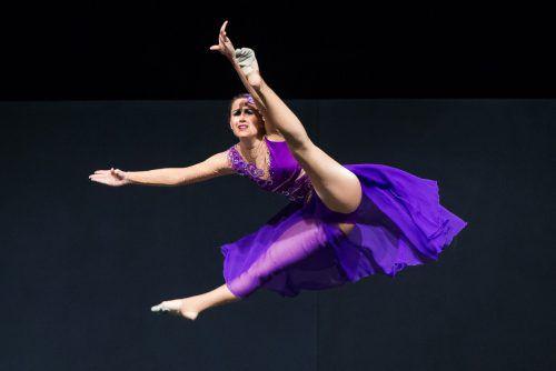 Die Tänzerinnen wussten Akrobatik und Anmut auf wunderbare Weise zu vereinen. vn/steurer
