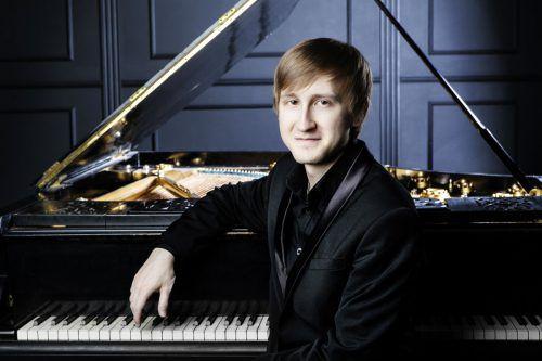 Dmitry Masleev, Klavier, spielt Rachmaninows Klavierkonzert Nr. 3 in d-Moll.Luca Piva