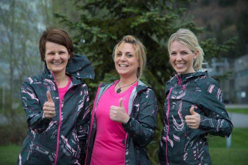 Fiebern bereits mächtig dem Frauenlauf entgegen (v.l.): Brigitte Messner, Jessica Hellmann und Nina Jenny. VN/Paulitsch