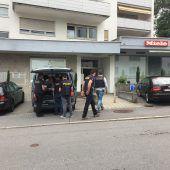 22-jähriger Räuber nach Überfall auf Sparkasse in Dornbirn rasch gefasst. B1