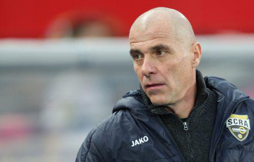 Für Trainer Klaus Schmidt könnte der Mai hinsichtlich seiner Arbeit beim Cashpoint SCR Altach ein ganz entscheidender Monat werden.gepa